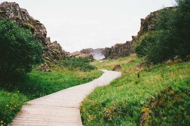 hiking-path-way-4805
